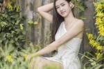Hot girl Thanh Hoa mong manh, quyen ru trong bo anh moi hinh anh 1