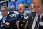 Cổ phiếu Apple kéo chứng khoán Mỹ giảm điểm