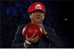 Bế mạc Olympic 2016: Thủ tướng Nhật Bản mặc đồ Super Mario 'đi xuyên trái đất'