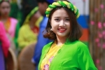 Nữ sinh Hà thành xinh đẹp diện áo mớ ba mớ bảy về miền quan họ
