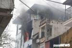 Căn nhà 4 tầng trên phố Văn Miếu cháy ngùn ngụt chiều mùng 2 Tết