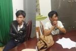 Hai tên cướp kề dao khống chế tài xế trên đèo Bảo Lộc