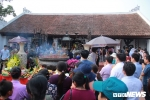 Ảnh: Người dân nô nức kéo về lễ hội Đền Trần trước 'giờ G'