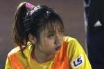 Hot girl bóng đá Việt: 'Trên sân mạnh mẽ vậy, ngoài đời bánh bèo lắm'