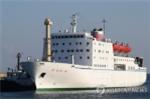 Đến Hàn Quốc, đoàn nghệ thuật Triều Tiên ở trên tàu, không ăn đồ Mỹ