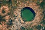 Video: Hồ nước phát ra từ trường bí ẩn, nghi do vật thể ngoài hành tinh