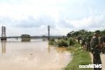 Hà Nội sẵn sàng di chuyển hàng nghìn hộ dân trong đêm nay để tránh lụt