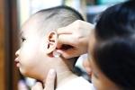 Cảnh báo: Trẻ loạn thần, nhập viện vì bố mẹ cho dùng miếng dán chống say xe