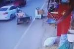 Video: Xe không người lái lạng lách, gây tai nạn rồi quay đầu bỏ chạy