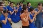 Toàn cảnh vụ giáo viên mầm non quỳ gối xin không đóng cửa trường học ở Nghệ An