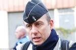Cảnh sát Pháp hy sinh thế mạng con tin kết hôn trên giường bệnh trước khi qua đời