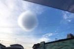 Đám mây hình cầu kì lạ trên trời khiến dân Nhật lo lắng