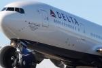 Hy hữu: Máy bay hạ cánh khẩn cấp cho khách đi... vệ sinh