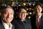 Ảnh selfie tươi rói của ông Kim Jong-un tại Singapore gây 'bão' mạng