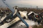 Video: Máy bay rơi tại thủ đô Nepal, ít nhất 49 người thiệt mạng
