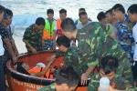 Bão số 16 siêu mạnh đổ bộ: Bộ đội Trường Sa trắng đêm đưa ngư dân vào vùng an toàn
