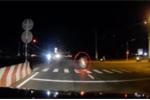 Vượt đèn đỏ với tốc độ 'bàn thờ', xe máy đâm trọng thương 2 người: Phút kinh hoàng qua lời kể nhân chứng