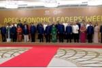 Những điều chưa biết về trang phục APEC 2017
