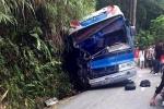 Xe chở học sinh gặp nạn ở Tam Đảo: Lái xe chủ động đâm vách núi