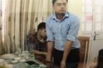 Một nhà báo bị bắt khi đang nhận tiền của doanh nghiệp