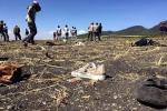 Những hình ảnh đầu tiên từ hiện trường rơi máy bay thảm khốc ở Ethiopia