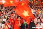 Trực tiếp: Khán giả cả nước vỡ oà cảm xúc khi Anh Đức ghi bàn mở tỷ số cho đội tuyển Việt Nam