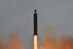 Triều Tiên phóng tên lửa: Một mũi tên trúng 3 đích