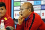 HLV Park Hang Seo lý giải hành động không bắt tay HLV Myanmar