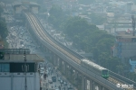 Anh: Tau duong sat tren cao Cat Linh - Ha Dong chay thu tren pho Ha Noi hinh anh 12
