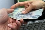 Khởi tố Phó Trưởng công an xã nhận tiền của con bạc