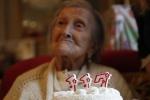 Cụ bà cao tuổi nhất thế giới tiết lộ bí quyết sống lâu đơn giản không ngờ
