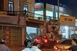 Xe bồn tông liên hoàn ô tô, xe máy ở Long An, 2 người chết