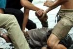 Cảnh sát bơi sông truy bắt tội phạm cướp giật