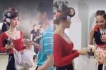 Video: Cười ngất khi Đông Nhi mời Isaac, Tóc Tiên mua bánh từ thiện cực 'lầy'