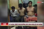 Đột kích nhà trọ, bắt quả tang 4 con nghiện 'phê' ma túy đá và nhiều vũ khí