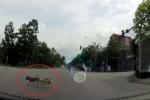 Nhiều người tự thấy xấu hổ với loài chó khi xem clip này