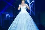 The Voice: Bất ngờ về chiếc váy kỷ lục của Xuân Nghi