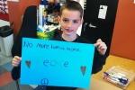 Đánh bom Mỹ: Rơi nước mắt bé 8 tuổi thiệt mạng