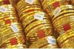 Giá vàng hôm nay 18/5: Tổng thống Mỹ Trump bị đề nghị luận tội, đồng USD giảm kỷ lục, vàng tăng điên cuồng