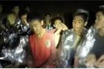 Quyết định sáng suốt của huấn luyện viên giúp đội bóng Lợn Hoang giữ được an toàn chờ cứu hộ