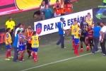 Video: Cầu thủ Brazil hỗn chiến, trọng tài phải rút đến 9 thẻ đỏ