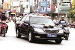Mua sắm, sử dụng xe công ở Việt Nam tốn kém và 'ngược đời' thế nào?