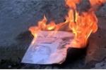 Cựu sinh viên đốt bằng tốt nghiệp đại học, ĐH Kinh tế TP.HCM lên tiếng