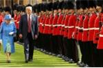 Tong thong Trump bi chi trich vi 'phot lo' nu hoang Anh Elizabeth II hinh anh 3