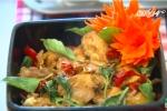 Đổi vị ngày se lạnh với gà om cốt dừa và gà om xì dầu