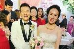 Khắc Việt rạng rỡ bên bà xã 9x xinh đẹp tại đám cưới ở quê nhà