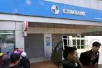 Nam thanh niên phá trụ ATM ngân hàng Eximbank trong đêm