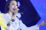 Mỹ Tâm lỡ lời trong đêm nhạc tại Hà Nội