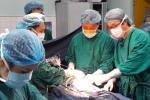 Mổ nội soi: Phương pháp mới đem lại hy vọng cho bệnh nhi thoát vị bẹn