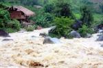 Không khí lạnh gây mưa lớn, nguy cơ lũ quét, sạt lở đất ở Bắc Trung Bộ